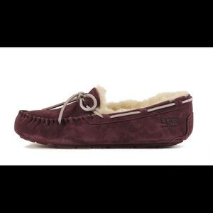 Ugg Fluffy Moccasin